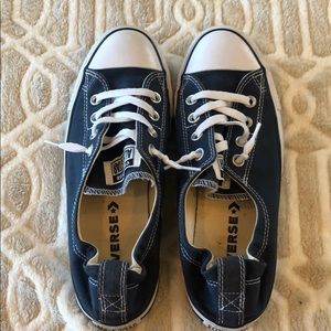 Converse Blue Women's Chuck Taylor low top size 9